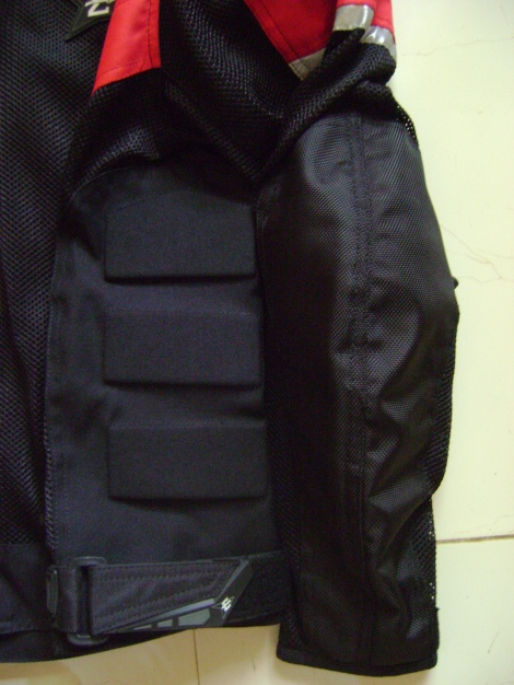 Cordura material for impact areas, also extra padding on the lower abdomen area.