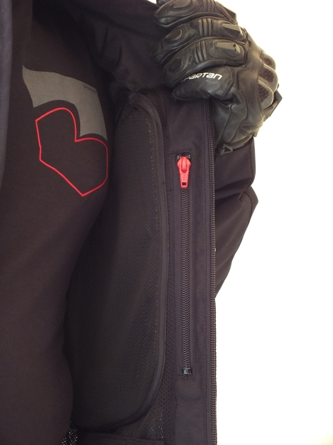 Internal chest pocket (Non Waterproof)