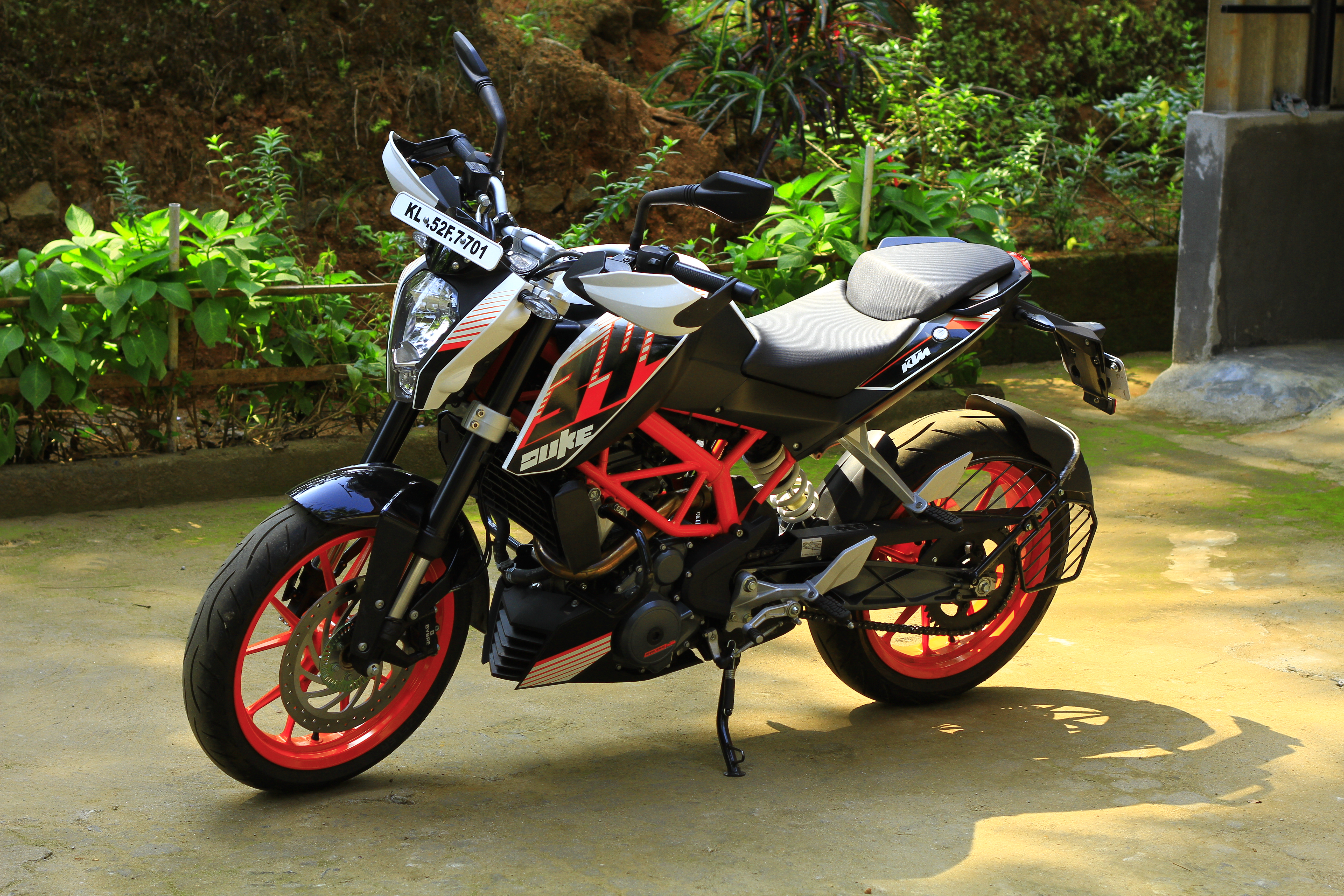 The KTM Duke 390 – The Devil's Advocate | 6000kms Ownership Review